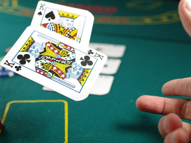 Poker Game Tips – How To Take Advantage Of Your Opponents